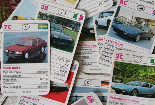 bilar av äldre modell