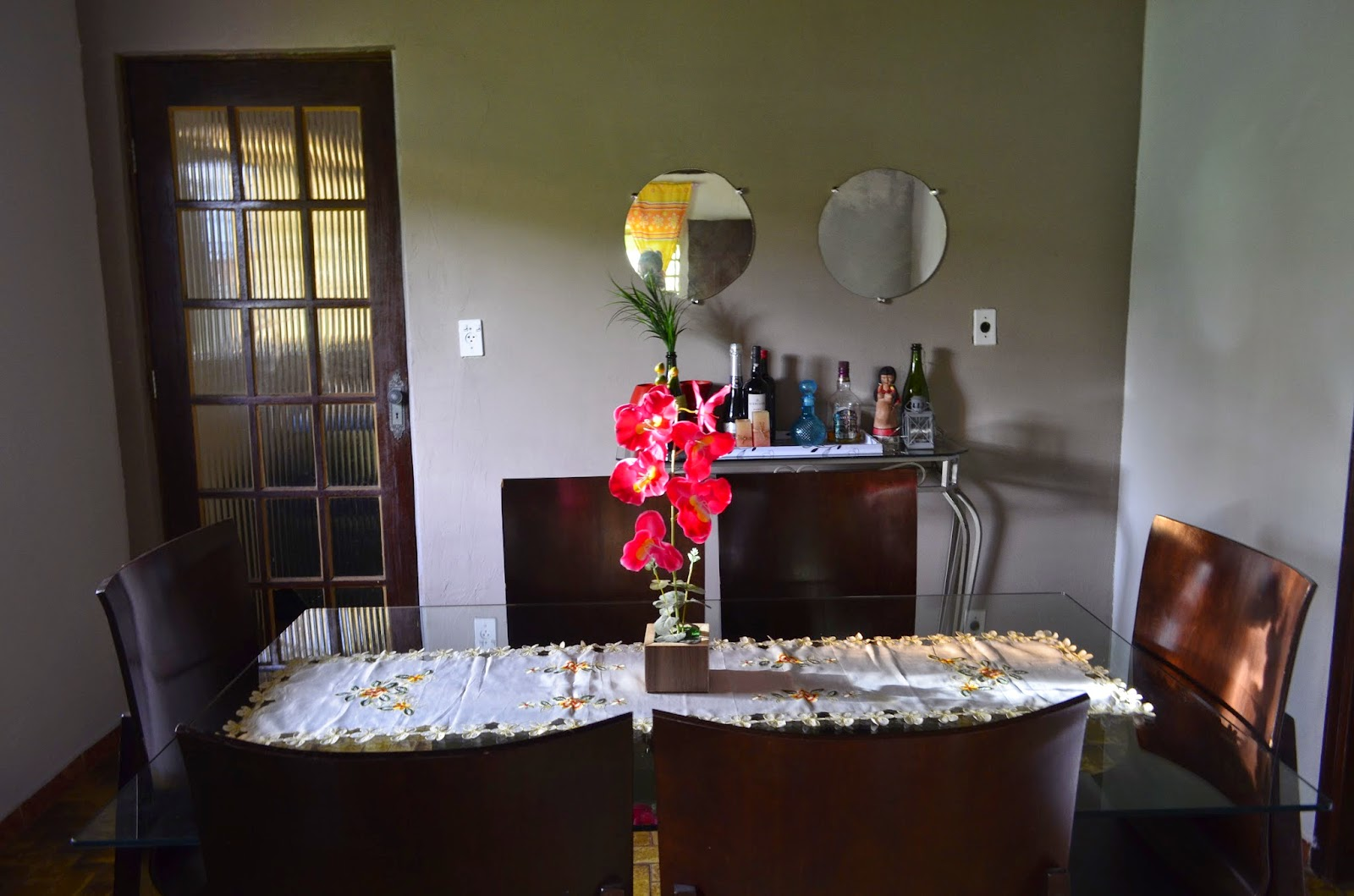 de ideias e decoração: A transformação da minha sala de jantar #BF0C26 1600x1059