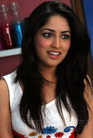 Yami Gautam looks stunning in small white D