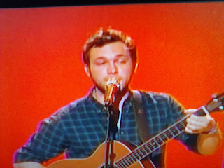 Phillip Phillips back on American Idol