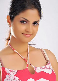 Madhulika Cute Babe Young Beauty