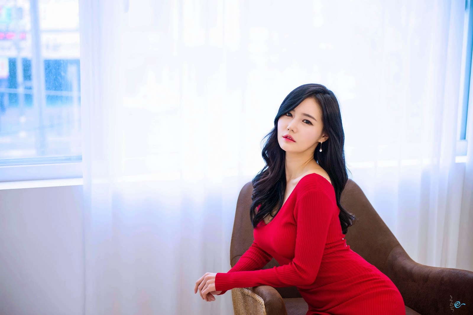 01 Gorgeous Han Ga Eun In Tight Red Dress - very cute asian girl-girlcute4u.blogspot.com