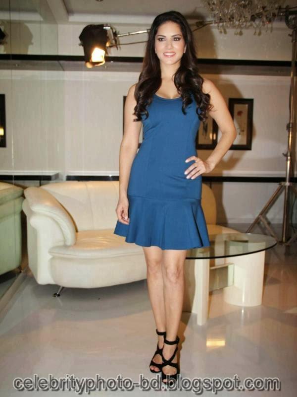 Sunny+Leone+Photos+in+Short+Dress+at+MTV+Webbed+In+Mumbai+Drama+Series+Shooting007