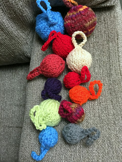 mini christmas tree ornaments--knitted