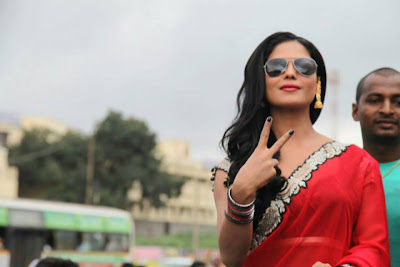 Veena Malik Watch Silk Sakkath at First Day First Show