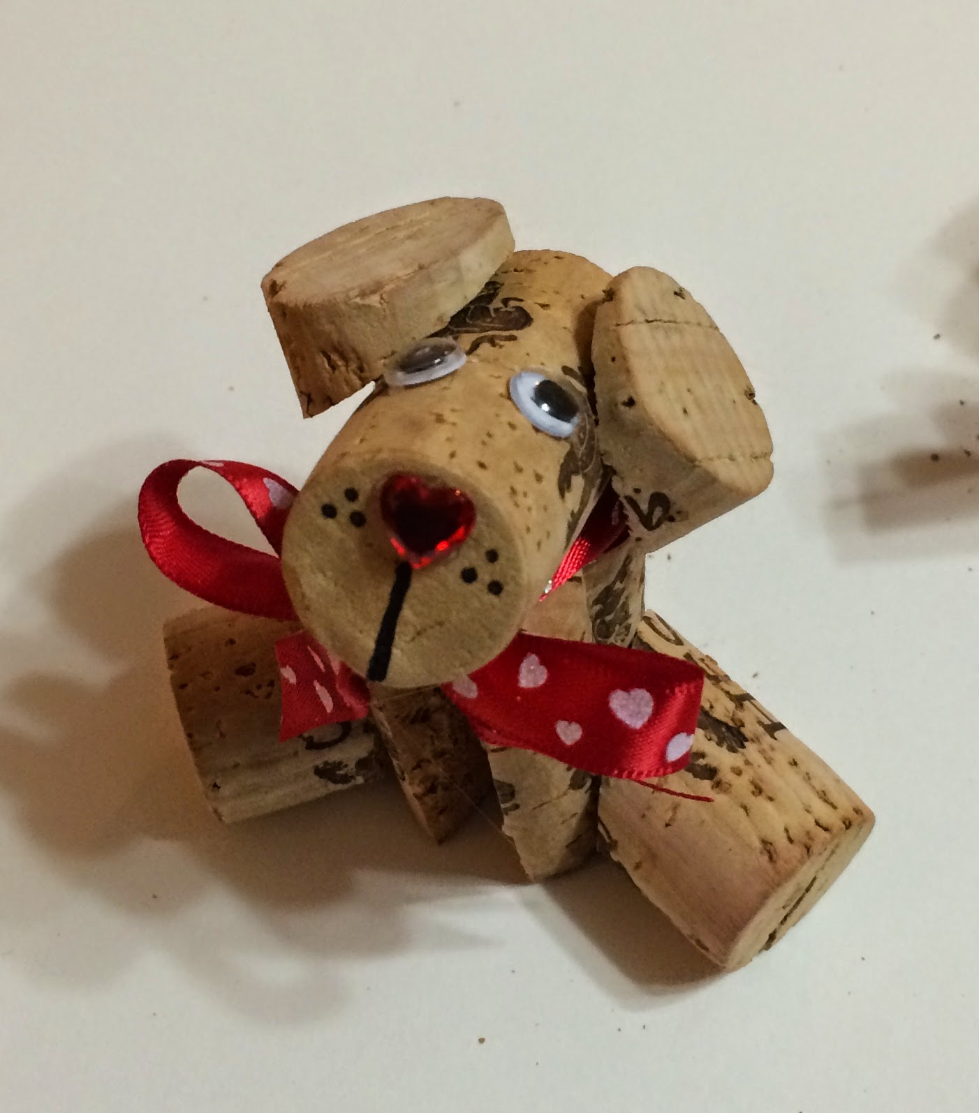 Kathy 39 s art project ideas corky the wine cork doggy diy - Manualidades con corchos ...