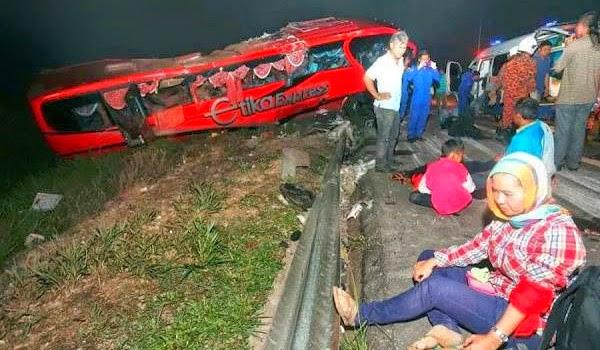 10 Cedera Dalam Kemalangan Bas