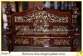 Tempat tidur ukiran kayu jati Rahwana Ratu Kombinasi Emas