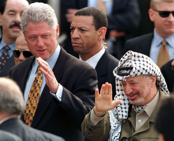 SAIC Larry Cockell with President Clinton