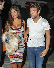 See Amazing Photos Of Footballers Wives And Girlfriends. CLICK NOW