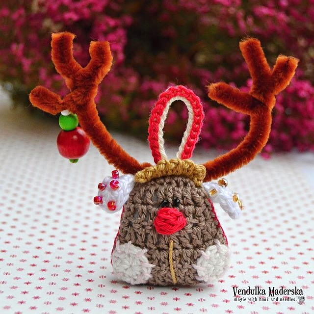 Christmas reindeer by VendulkaM