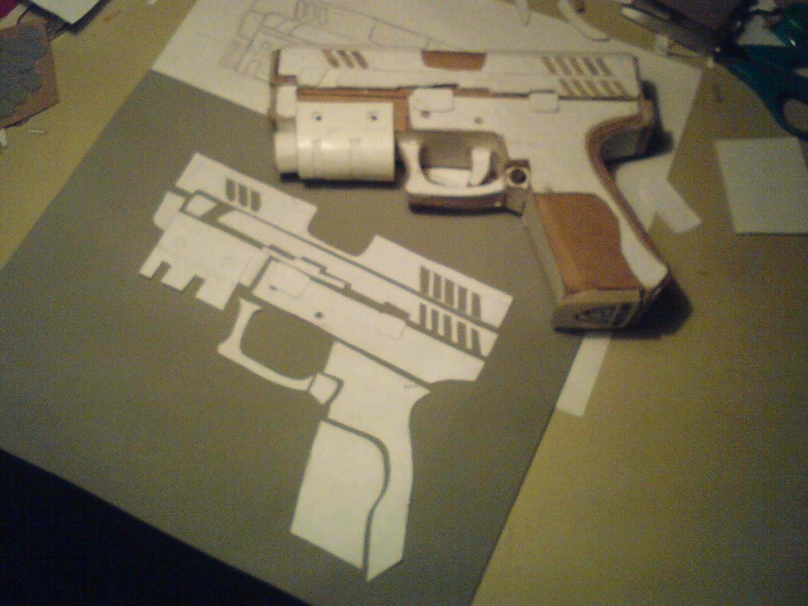 Pistola Blacktail - Resident Evil DSC04445