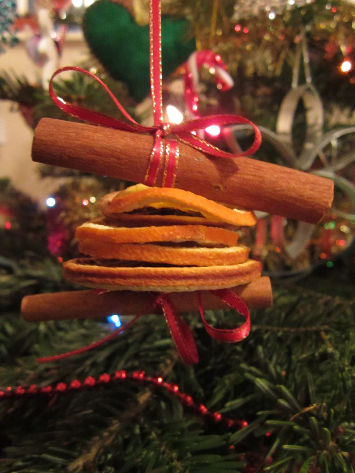 orange cinnamon christmas tree decoration