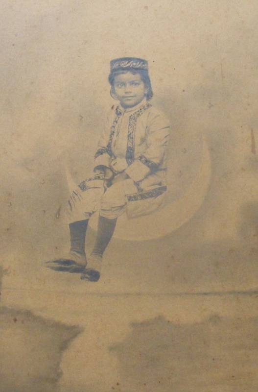 Little Child On A Moon  - India 1930's