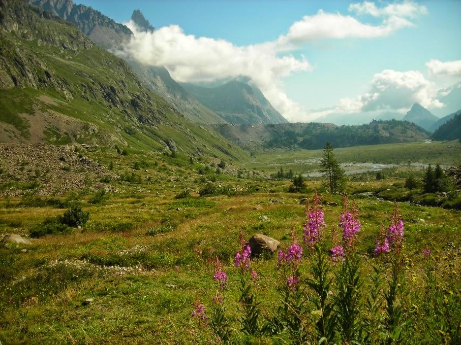Entrada-en-Italia-vista-del-valle-de-aosta