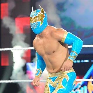 [Raw] (Avant match) Sin Cara VS JTG Sin_Cara_WWE