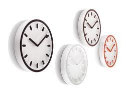 Interiorista-en-Valencia-reloj-pared