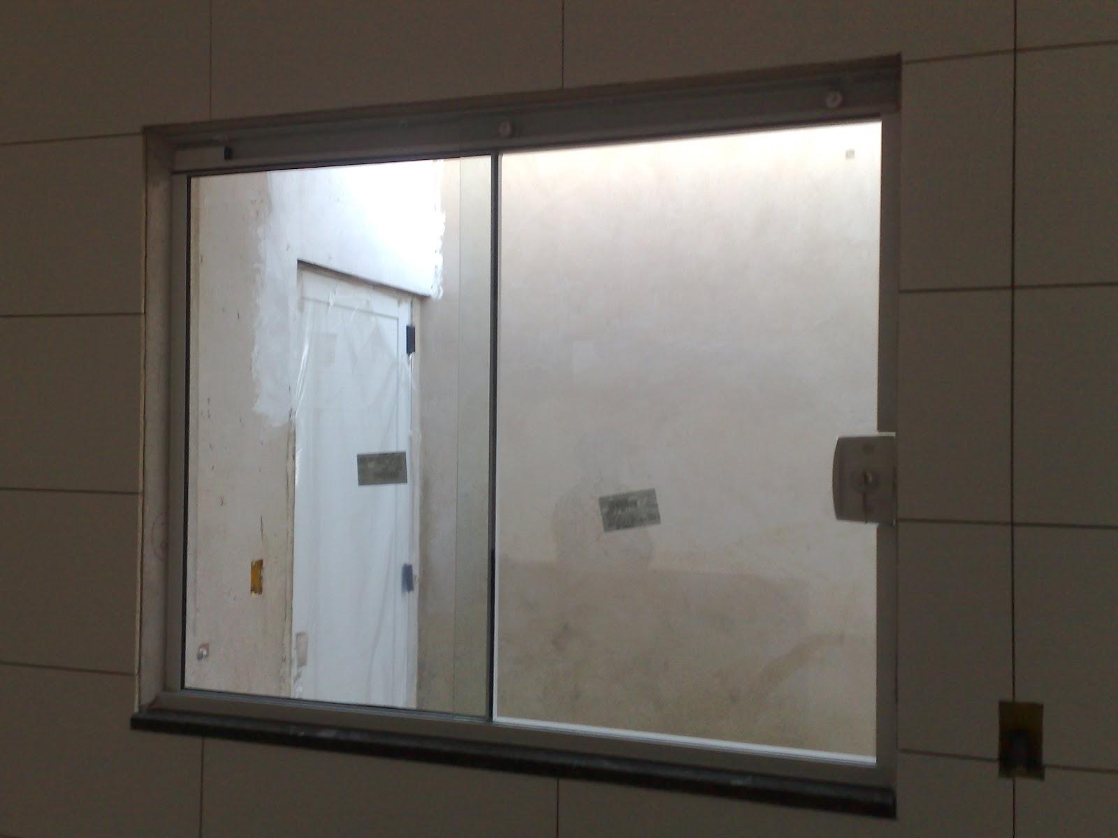 #413930  da minha primeira casa: Vidros Blindex instalados e Porcelanato 1114 Portas E Janelas De Aluminio Para Cozinha