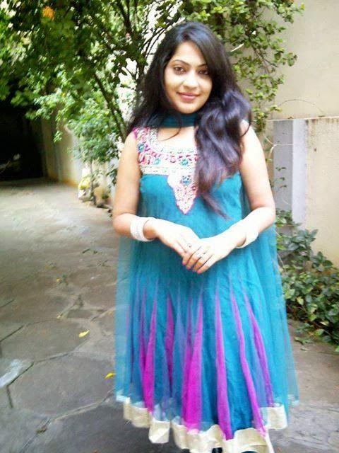 Beautiful+Pakistani+Girls+Wallpapers008