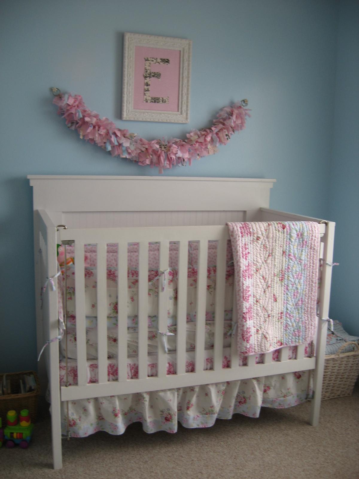 the raspberry house elsie 39 s nursery. Black Bedroom Furniture Sets. Home Design Ideas