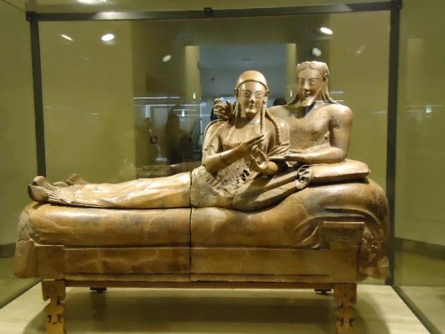 Museando roma apa l 39 etrusco sbarca a roma for Degli sposi