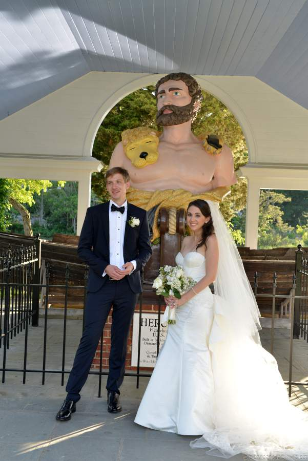 Bride and Groom - Figure of Hercules