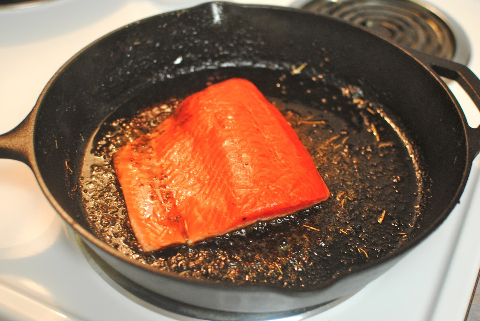 how to cook salmon in a pan and oven