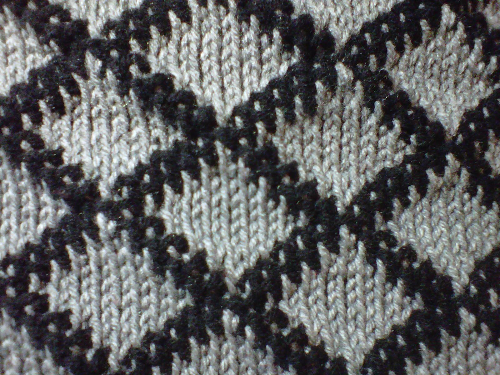 Patsy Harbor: Circular Tunisian Tapestry Fabric
