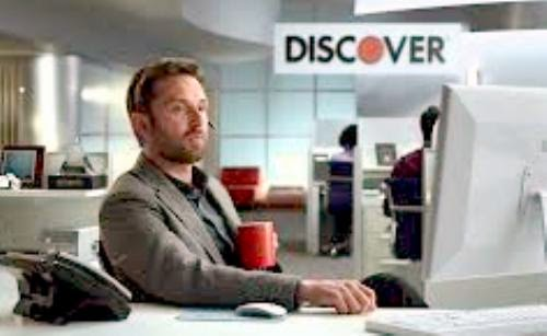 who is that actor actress in that tv commercial discover it card