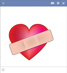 heart with bandage Emoticon Facebook Terbaru