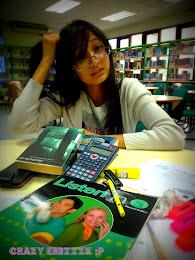 NERDY STUDENT