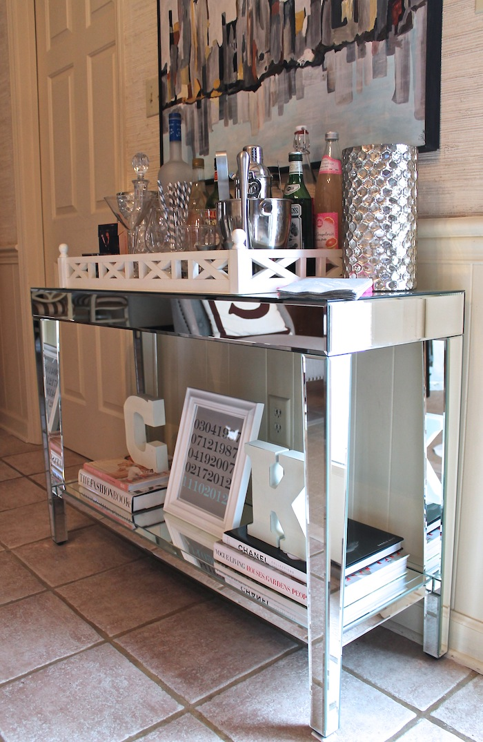 Carrie Bradshaw Lied: Mirrored Console Table