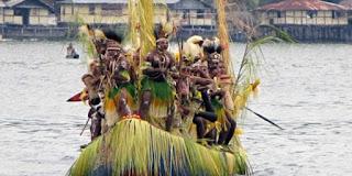 festival danau sentani: antara zaman perunggu dan peradaban