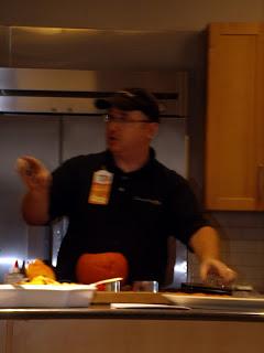pumpkin carving expert