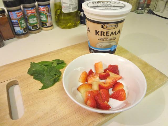 Greek yogurt, mint and strawberries