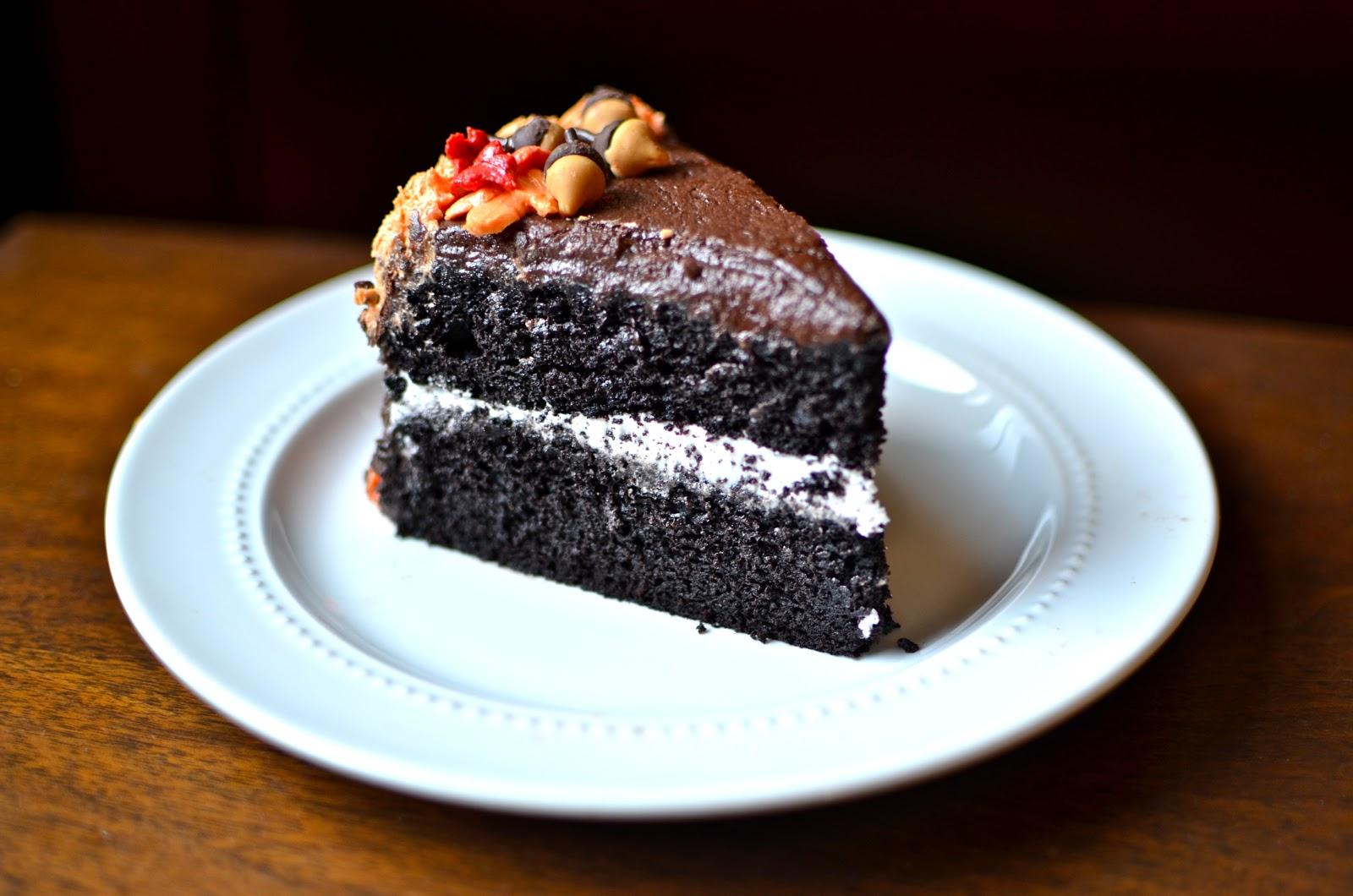 Yammie's Glutenfreedom: Devil's Food Cake