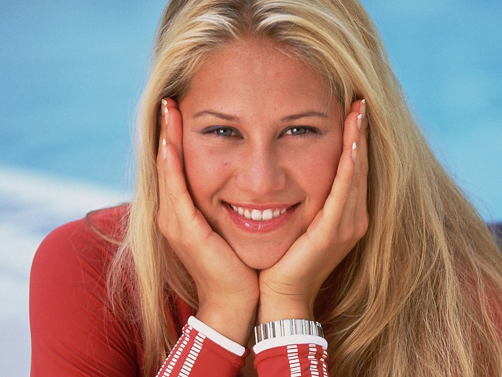 http://1.bp.blogspot.com/-QaOXDavoC9I/UBQcp5d53AI/AAAAAAAAC2U/WhWHdQCZEZk/s1600/Anna-Kournikova-Tennis.jpg