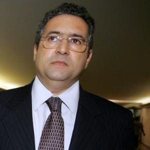 Piada pronta: CPI da Petrobras quer saber se defunto está vivo ou morto