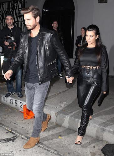 Kourtney Kardashian e Scott Disick reatam o relacionamento