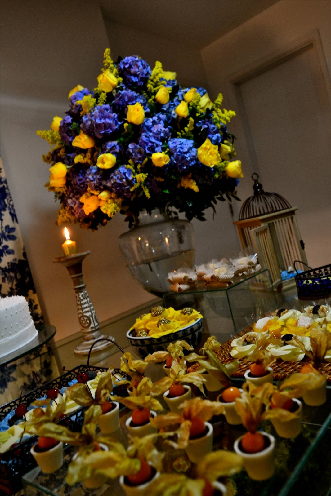 decoracao para casamento em azul e amarelo:Casando e Amando: Inspiração – Decoração Azul e Amarelo