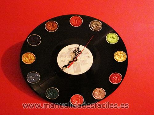 manualidades: reloj con vinilo