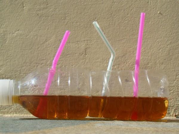 Ο υδροφόρος ορίζοντας είναι σαν ένα μπουκάλι. Κάνοντας νέες γεωτρήσεις είναι σαν να βάζουμε στο μπουκάλι άλλο ένα καλαμάκι. Κι εκείνο το ίδιο (ρυπασμένο) νερό θα απορροφήσει.