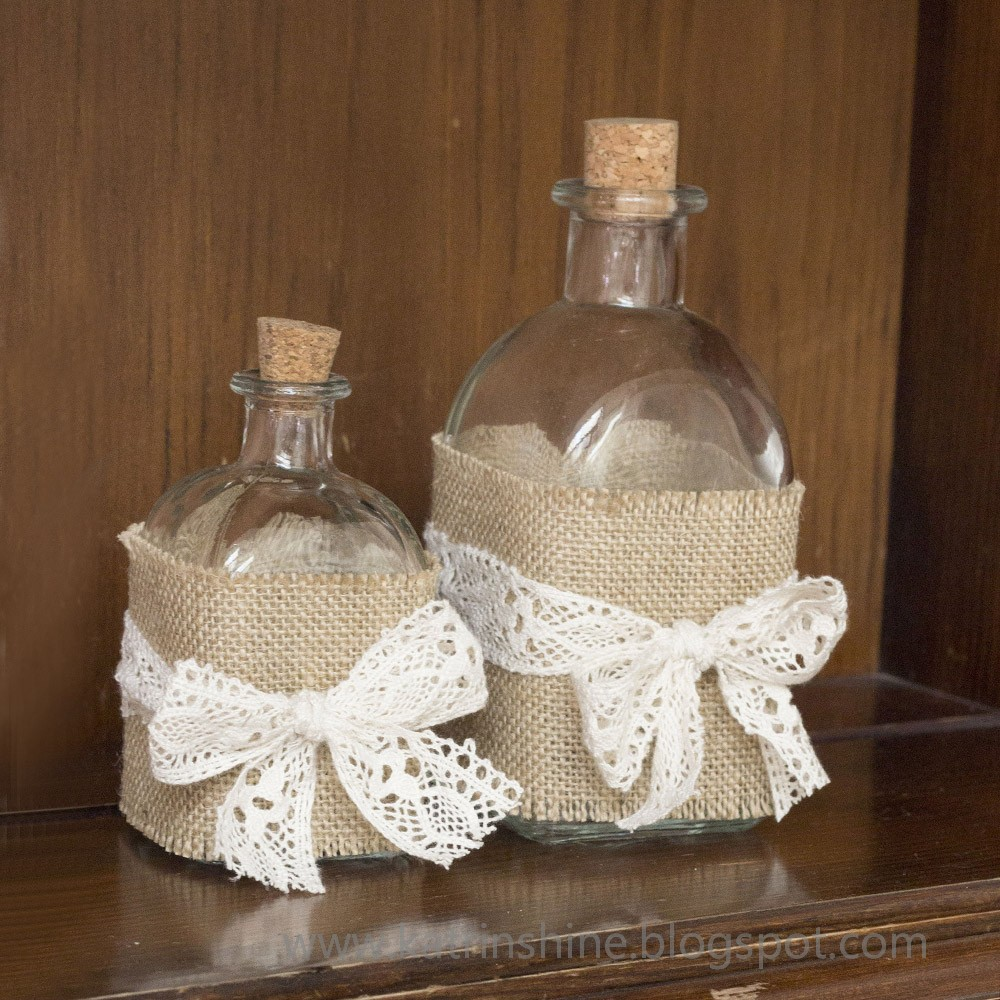 Katrinshine decorate bottle in shabby chic diy - How to decorate old bottles ...