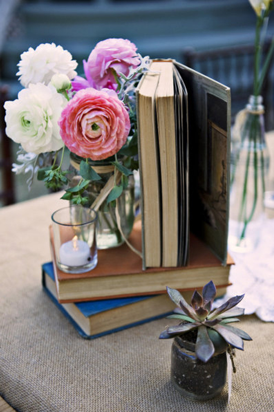 Oh mywedding flor para una boda los ran nculos for Libros antiguos para decoracion