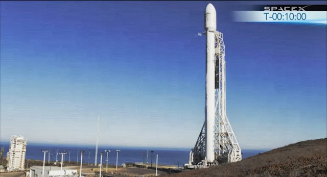 SpaceX Falcon 9 rocket on the launch pad 10 minutes before the launch. Credit: SpaceX