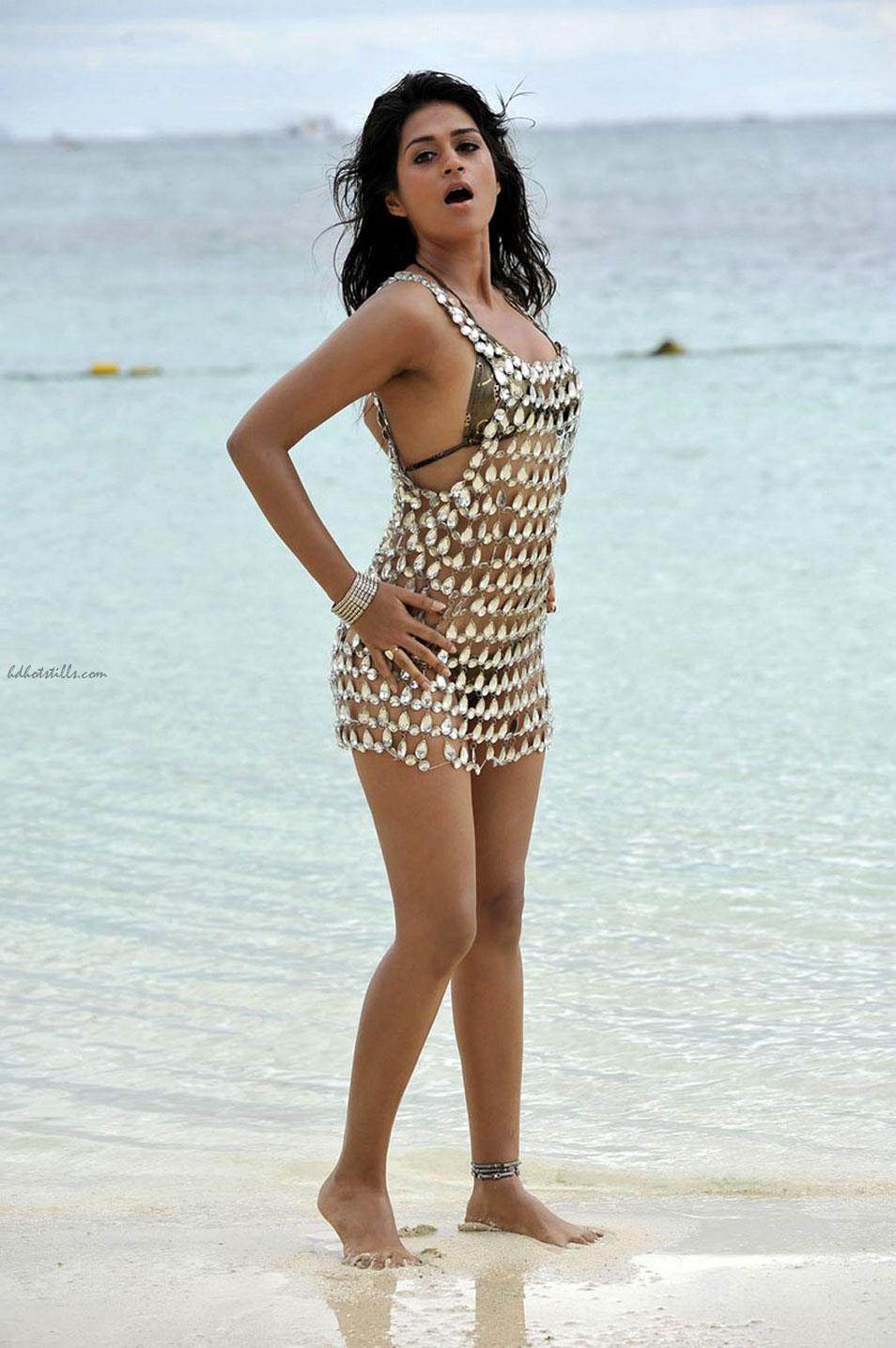 Shraddha das hot bikini thanks