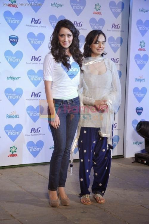 Shraddha Kapoor with her mother Shivangi at THANK YOU MOM Mothers Day Celebration event in Mumbai