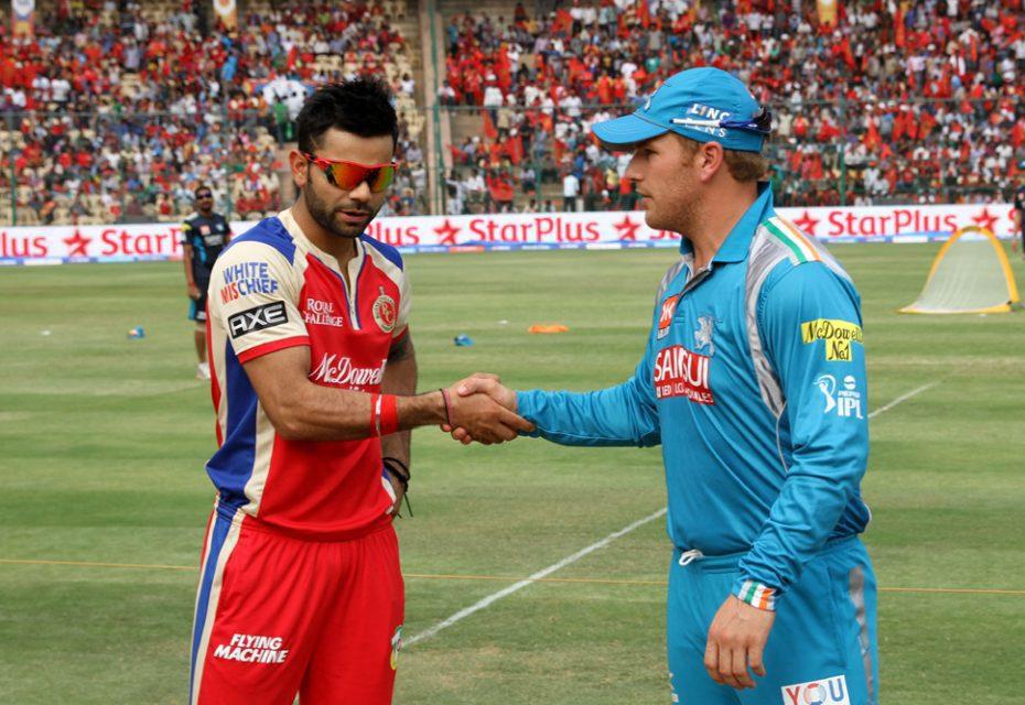 Virat-Kohli-Aron-Finch-RCB-vs-PWI-IPL-2013