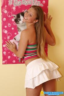 普通女性裸体 - rs-Hello_Kitty_dawsonmiller_hello_kitty_012-785680.jpg