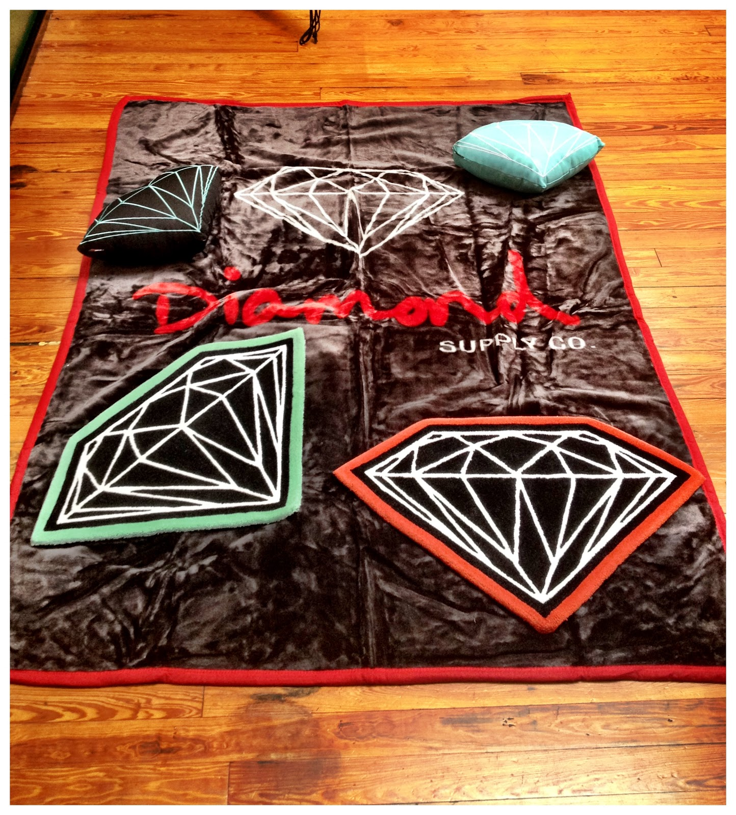 Relief Skate Supply New Diamond Co Blankets Rugs And